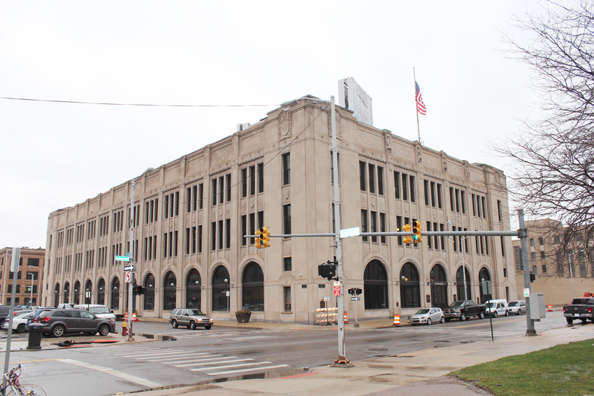 Trades help write new history for repurposed Detroit News building